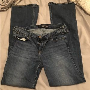 Hollister Jeans 11